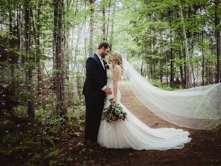 Tmx Pop 7502 51 971669 1569416709 Waterloo, WI wedding photography