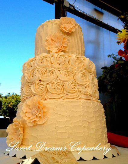 Shabby Chic textured 3 tier buttercream wedding cake with gumpaste sugar flowers