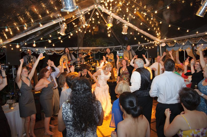 What a backyard wedding!