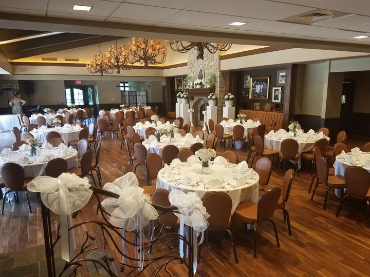 Banquet room seating