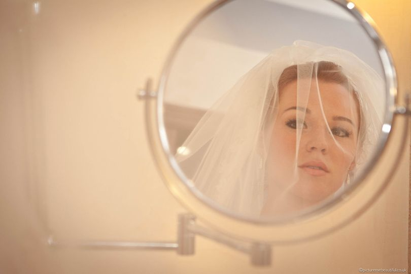 bridal prep by picture me beautiful weddign photog