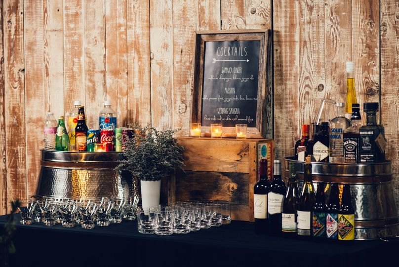 We also provide bar and beverage services to our clients.