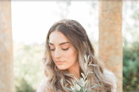 Pure Elegance by Sarahi Welton