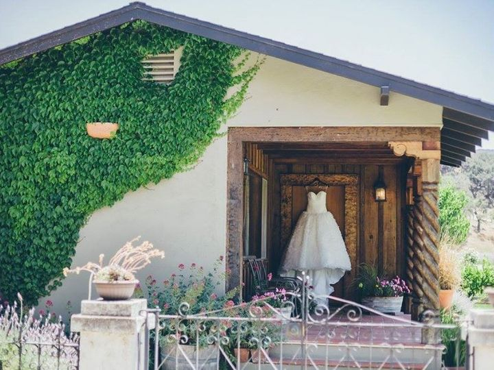Tmx 25075149 1542797035801281 4140138461437174761 O 51 1240769 158618132953599 Goleta, CA wedding venue