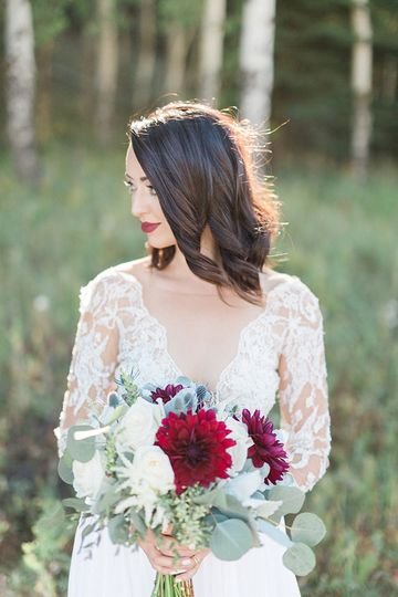 Laced dress and bridal bouquet