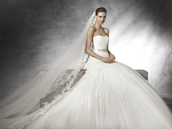 Pronovias Sample Sale Gown