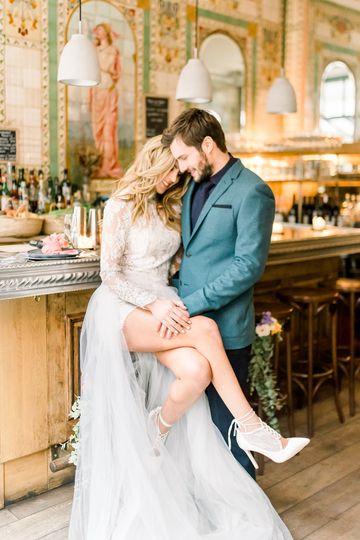 Parisian elopement couple