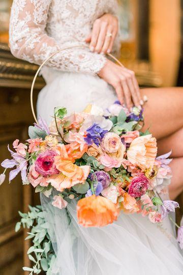 Parisian elopement bouquet