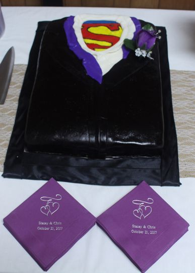 Superman-themed wedding cake