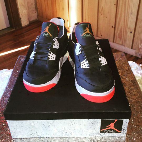 Surprise! Air Jordan Groom's cake!