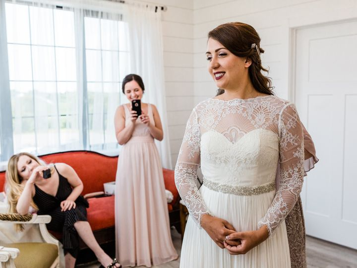 Tmx Img 9211 51 1804769 159966270520745 Des Moines, IA wedding photography