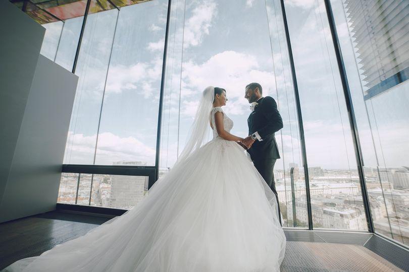 elegant wedding qdrh8l7 min 51 1055769