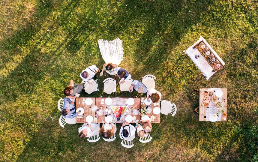 wedding reception outside in the backyard pe45cls min 51 1055769