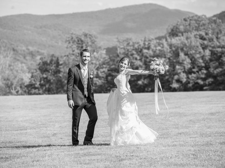 Tmx 1534959435 Faa9a57197d46f5c 1534959433 4eabda159b8242a1 1534959393261 17 Outdoor Vermont W South Burlington, VT wedding photography