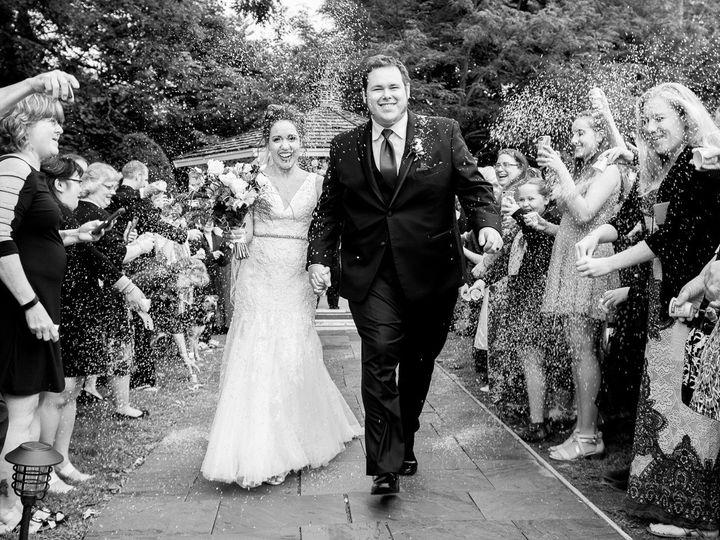 Tmx Lilac Inn Vt Wedding Photo 1 51 127769 1568389916 South Burlington, VT wedding photography