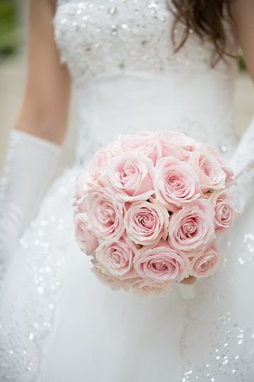 Pretty in pink bouquet design