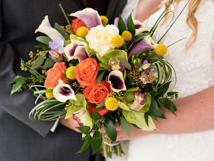 Tmx 1515857348 0df3a7926e24817c 1515857347 9ba4f4dcfde871c1 1515857345607 1 TheLodgeatMountain Stroudsburg, Pennsylvania wedding florist