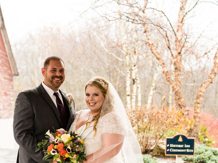 Tmx 1515857386 C377026fc3057503 1515857385 8c235a4fd79c7599 1515857382951 3 TheLodgeatMountain Stroudsburg, Pennsylvania wedding florist