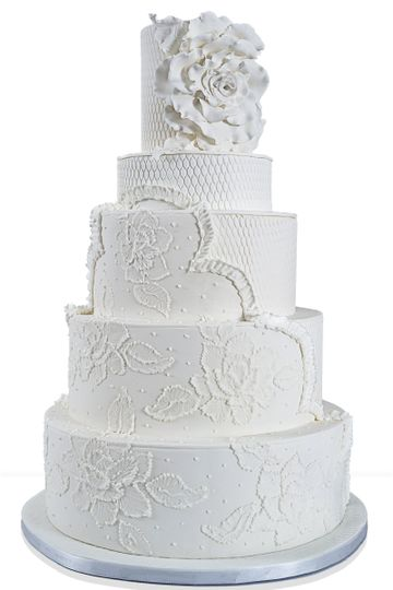800x800 1489075617188 white wedding cake   wh