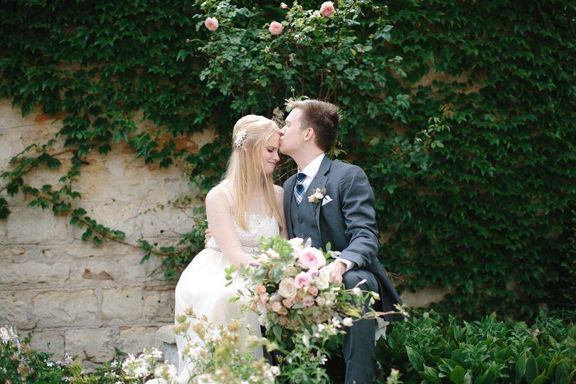 Garden kisses