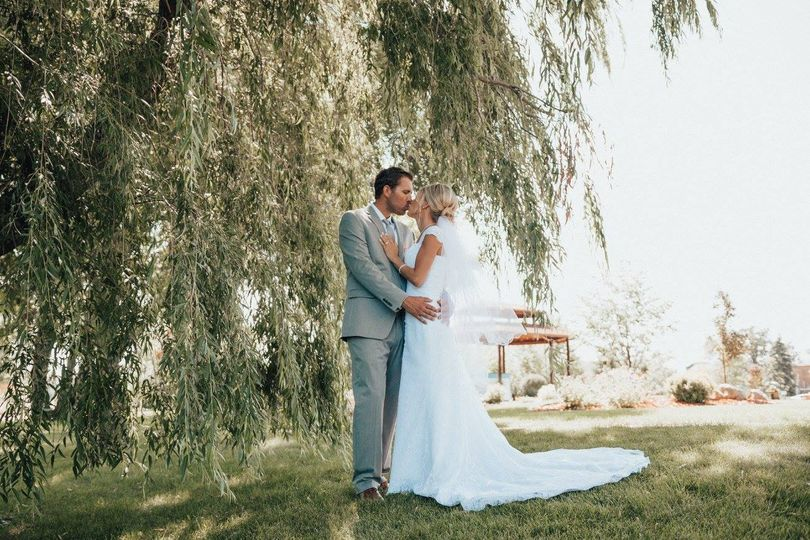 Couple outdoors | Credit: hailey marie photo