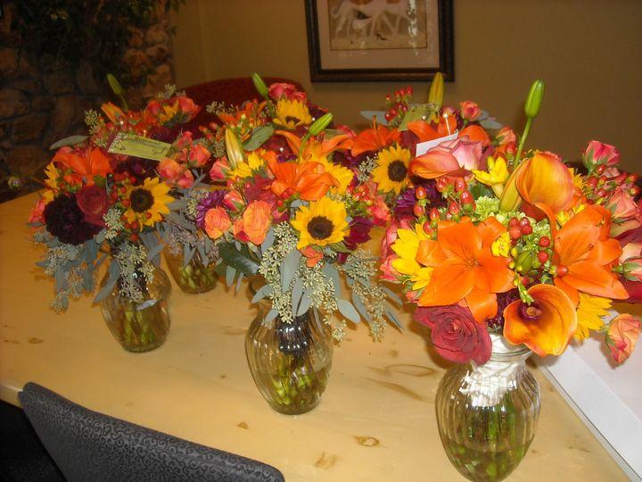 800x800 1390426698182 bqt3 800x800 1390426740325 bqt5 - English Garden Florist