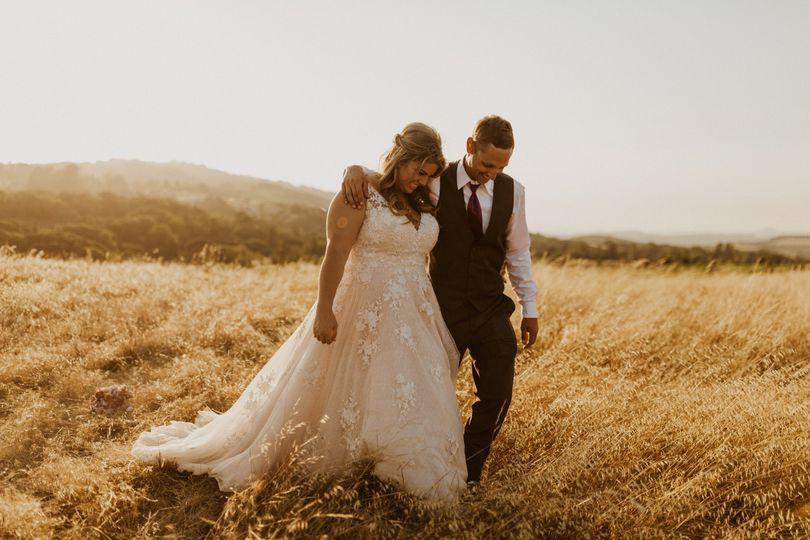 Rustic Wedding Bride & Groom