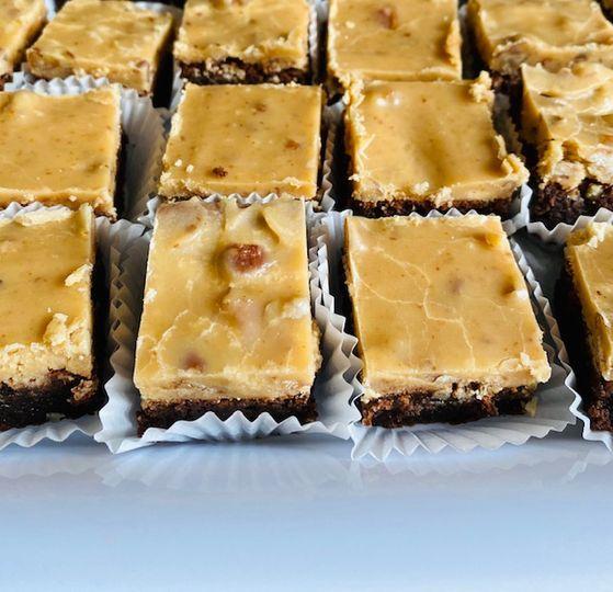 Praline brownie bars