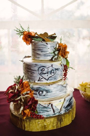 Cakes by Valeria - Wedding Cake - Osseo, MN - WeddingWire