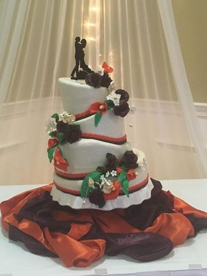Tilted wedding cake