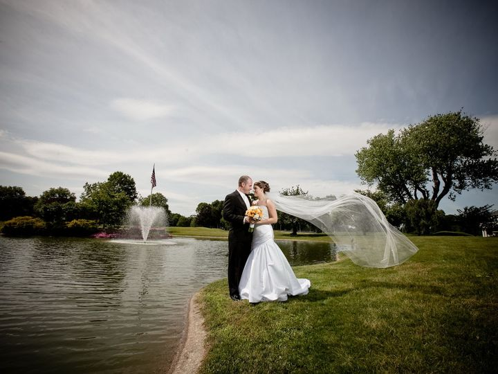 Tmx 1518785140 90c9fb98dc28f3ad 1518785138 0ea786e1ba860098 1518785072341 37 0020 Huntington Station, New York wedding photography