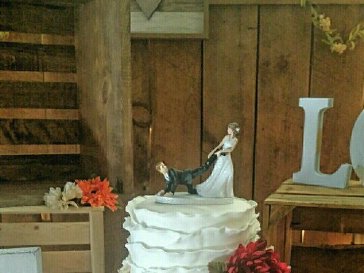 Tmx Fondant Ruffle Cake 51 1047969 Peculiar, MO wedding cake