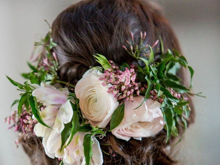 Tmx 1527794202 590330ec3336bdef 1527794199 56a50f975ae5279f 1527794146438 1 Hilary Colleen 88 Franklin, NH wedding florist