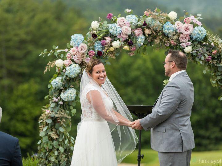 Tmx Amandaconorwedding 181 51 647969 161730030756692 Ashland, NH wedding florist