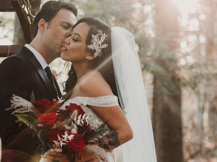 Tmx Dj W 455 51 647969 161730016161299 Ashland, NH wedding florist