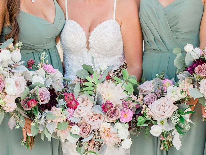Tmx Kosikwedding365 51 647969 161730100317367 Ashland, NH wedding florist