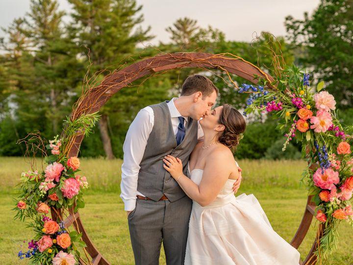 Tmx Mikekelly Formals 375 51 647969 161730115713913 Ashland, NH wedding florist