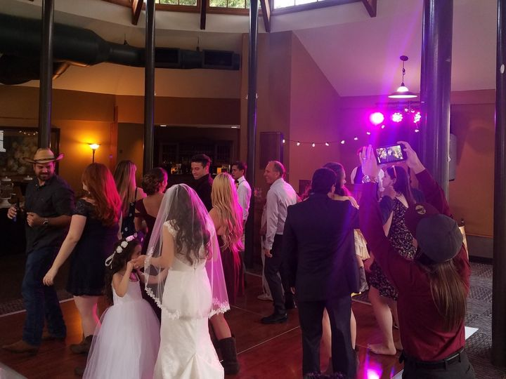 Tmx 20190406 171504 Edited 51 997969 158507093785674 Knoxville, TN wedding dj