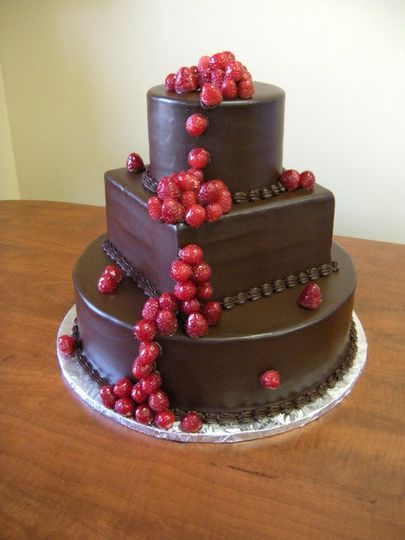 yia yia 39 s bakery wedding cake baltimore md weddingwire. Black Bedroom Furniture Sets. Home Design Ideas