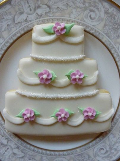 Flowers and Swags Wedding Cake Cookies