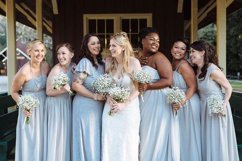 smiling bridesmaids 51 984079