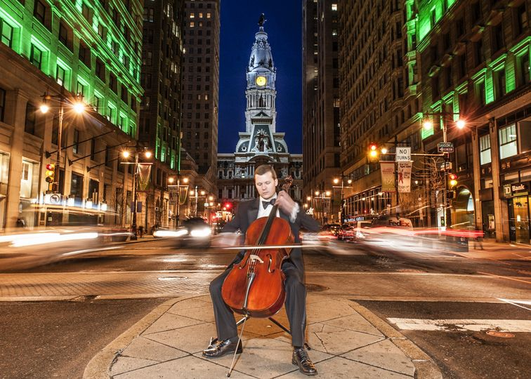 Cellist in the city