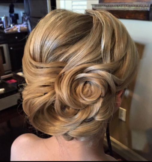 Flower-like updo