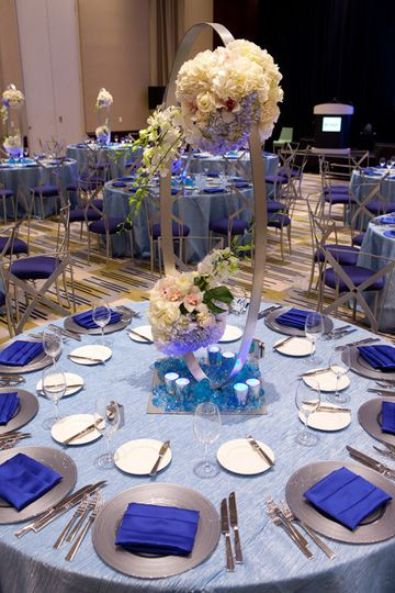 Table setup with centerpiece at the reception