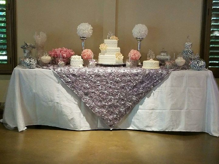 Wedding cake set-up