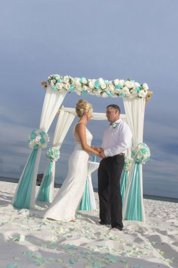 Barefoot Wedding 4 post bamboo arbor with tiffany blue accents