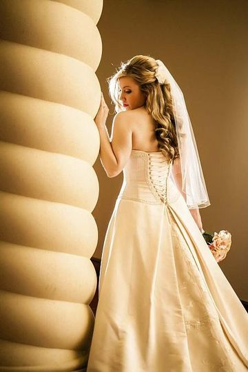 bride on column