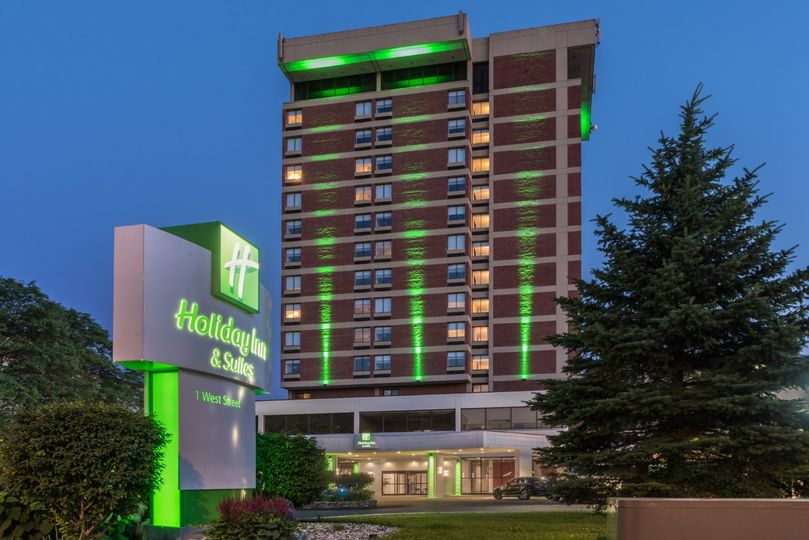 Holiday Inn & Suites Pittsfield