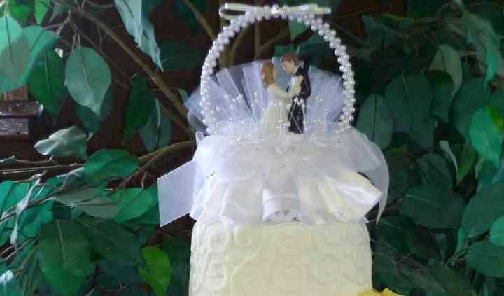 Rhonda's Cakes-N-More