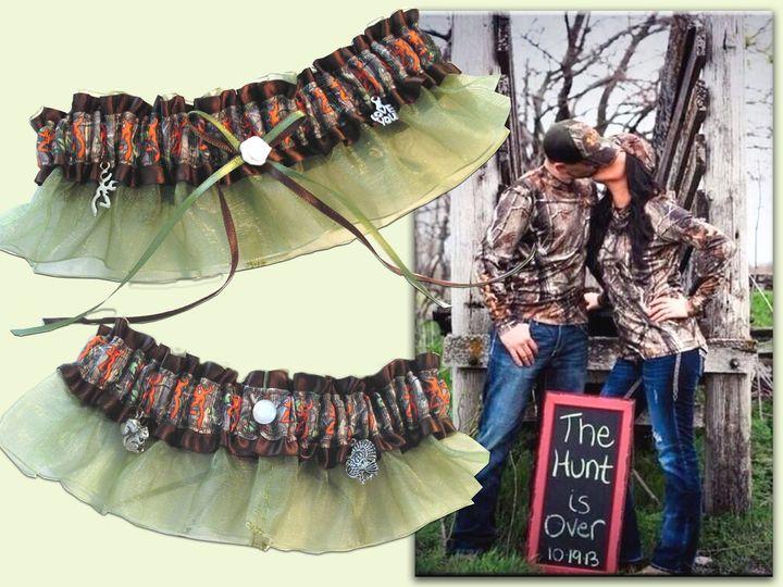 the hunt is over...wedding & toss garters